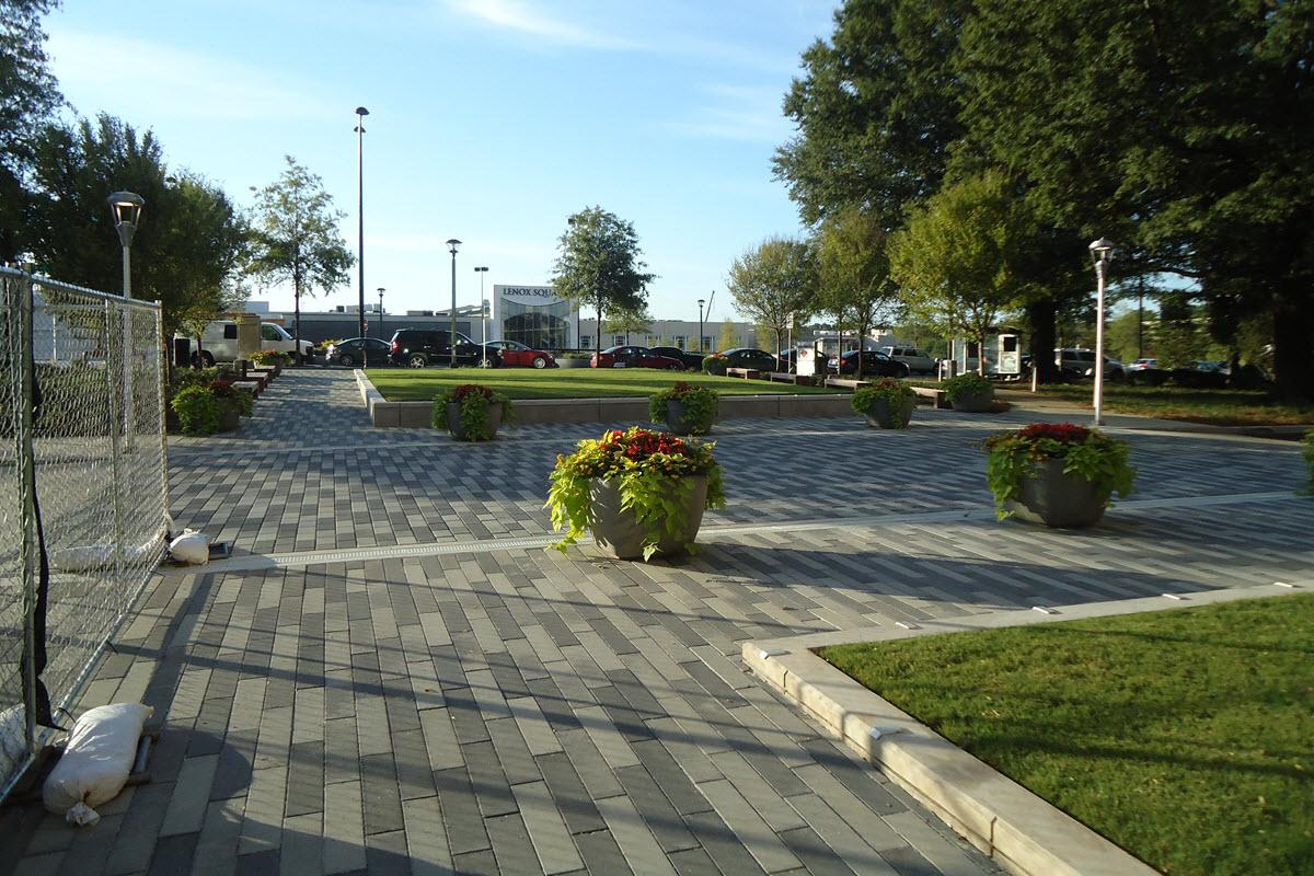 Monarch Plaza